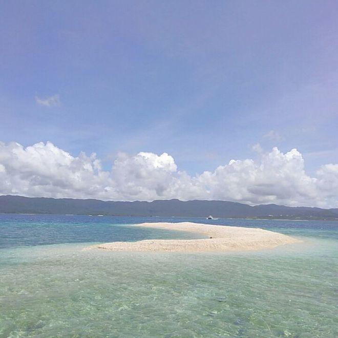 夏のバラス島