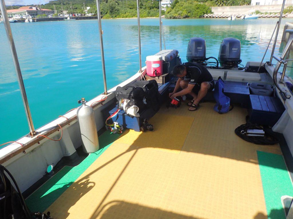 西表ダイビング出発目のカメラセット