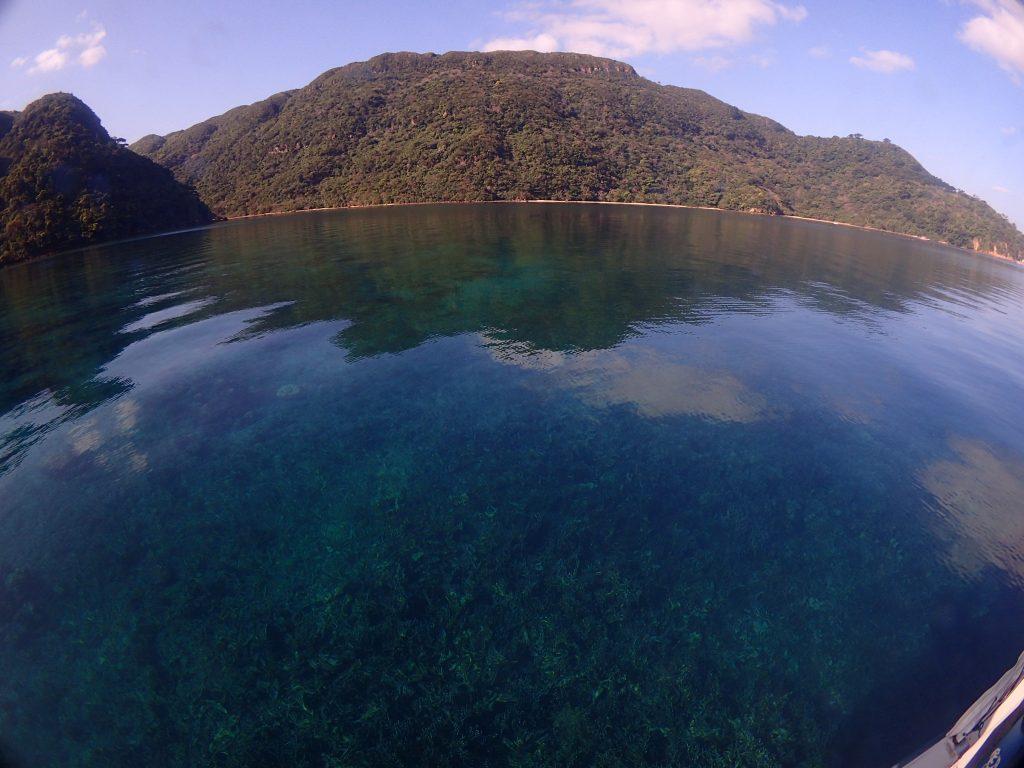 船浮湾と西田川